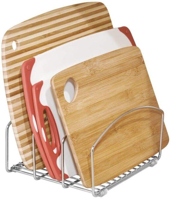 mDesign Kitchen Bakeware Organiser - Steel Baking Tray Rack and Cutting Board Holder - Ideal Kitchen Storage Solution - Chrome Finish