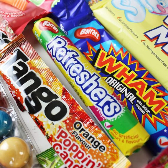 Just Treats Lunar Treasure Gift: Jam Packed with the Best Ever Retro Sweets. Great Valentine, Easter Gift, Birthday Gift, Get Well Soon, Congratulations or Anniversary. Gift Ideas For Him and Her: Boys & Girls, Mums & Dads, Men & Women of All Ages